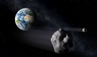 Damit ein Asteroid nicht mit der Erde kollidiert, soll er in die Umlaufbahn des Mondes gebracht werden. (Foto)