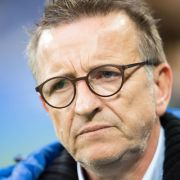 Darmstadts Trainer Norbert Meier vor der Partie FC Schalke 04 gegen Darmstadt 98 am 27. November. (Foto)