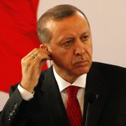 """Das neueste Cover der deutschen Zeitschrift """"Titanic"""" dürfte dem türkischen Präsidenten gar nicht gefallen. (Foto)"""