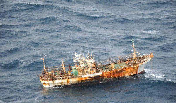 Das japanische Geisterschiff treibt vor der kanadischen Küste. (Foto)