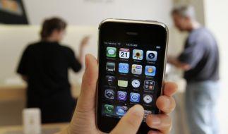 Das Glasdisplay des iPhones ist in die Kritik und den Blick der französischen Behörden geraten. (Foto)