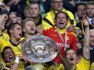 Das Objekt der Begierde: Um die Meisterschale geht es auch in der Saison 201272013 wieder. (Foto)