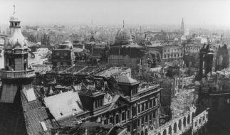 Das Zentrum von Dresden. Bei den Luftangriffen der Alliierten in der Nacht vom 13. auf den 14. Febru (Foto)