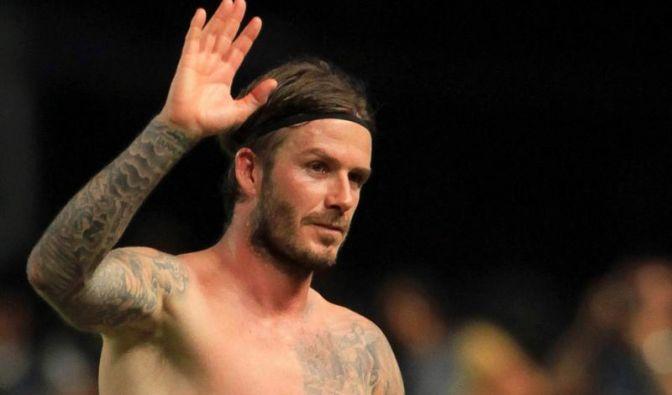 David Beckham wirbt für Unterwäsche - fast nackt (Foto)