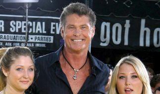 David Hasselhoff geht mit Töchtern auf Tour (Foto)