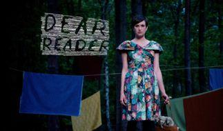 Dear Reader (Foto)