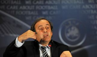 Debatte um Nachwuchs-Transfer: Platini dagegen (Foto)