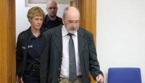 Dem Mann wird vorgeworfen, in 403 Fällen ungeschützten Sex mit seinen Opfern gehabt zu haben, obwohl (Foto)