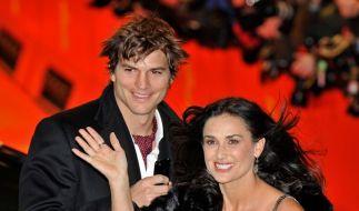 Demi Moore und Ashton Kutcher wollen angeblich ein Kind adoptieren.  (Foto)