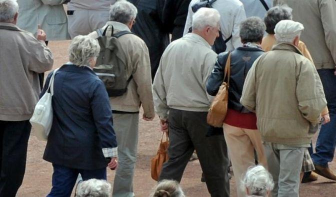 Demografiestrategie: Länger arbeiten und mehr sparen (Foto)