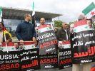 Demonstranten in Deutschland fordern ein Einlenken Russlands im Syrien-Konflikt. (Foto)