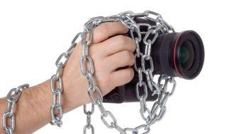 Den Kunden mit dem Gerät an die Kette gelegt: Hersteller sichern sich gern gegen Fremdzubehör ab. (Foto)