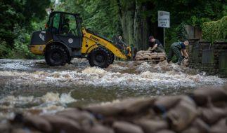 Der Dauerregen lässt die Hochwasser-Gefahr wieder steigen. (Foto)