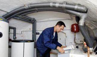 Der Einbau von Wärmepumpen wird vom Staat mit bis zu 2400 Euro gefördert. (Foto)