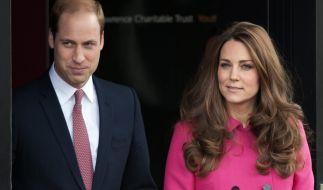 Der Kensington-Palace gehört zu den Domizilen der britischen Königsfamilie (hier: Prinz William und Herzogin Kate). (Foto)
