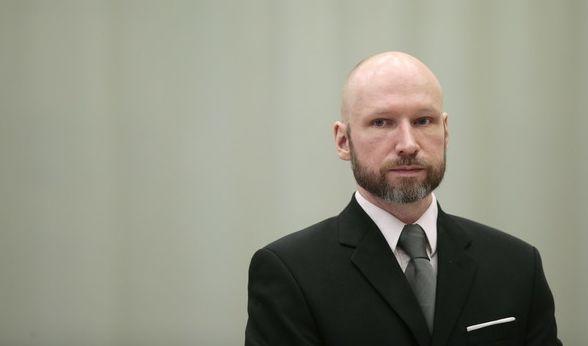 Massenmörder Breivik ändert seinen Namen (Foto)