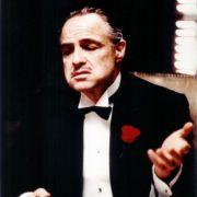 Szene aus Der Pate: Marlon Brando hat das Mafia-Klischee erschaffen. Doch die Realität ist heute eine ganz andere.