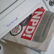 Der Post bleibt nichts anderes übrig: Sie muss NPD-Zeitungen zustellen.