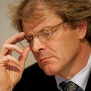 Der Präsident des Landesamtes für Verfassungsschutz Sachsen, Reinhard Boos, hat um seine Versetzung gebeten.