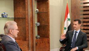 Der syrische Präsidenten Baschar al-Assad im Gespräch mit Jürgen Todenhöfer. (Foto)