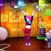 Der Puppenspieler und seine Marionette: Was ein Spieler an Figuren tanzen muss, entscheidet ein anderer bei Just Dance 4 per Gamepad.