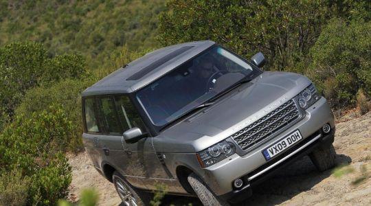 Der Range Rover: Hier einer der wenigen Momente, in denen er artgerecht gehalten wird. (Foto)