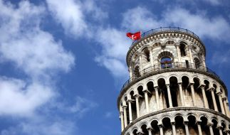 Der schiefe Turm von Pisa (Foto)