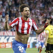 Der brasilianische Skandalprofi Diego, zu Atletico Madrid abgeschoben, verklagte die Spanier nach seiner Rückkehr beim VfL Wolfsburg wegen ausstehender Prämienzahlungen von 59.000 Euro.