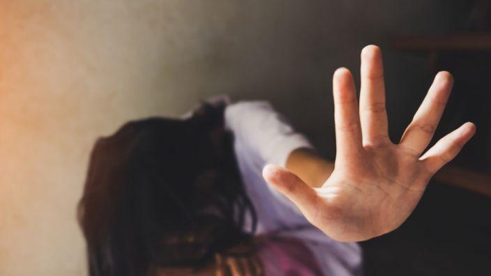 Der Tinder-User sagt, Frauen würden Vergewaltigungen lieben. (Foto)