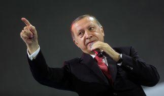 Der türkische Staatspräsident Erdogan führt angeblich eine Liste mit 68 unter Terrorverdacht stehenden deutschen Unternehmen. (Foto)