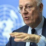 Der UN-Gesandte für Syrien, Staffan de Mistura, bei einer Pressekonferenz im UN-Gebäude in Genf. (Foto)