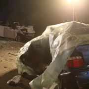 Zwei Tote bei Verkehrsunfall - 21-Jährige schwer verletzt (Foto)