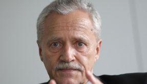 Der noch amtierende Verfassungsschutzpräsident Heinz Fromm muss sich im Untersuchungsausschuss des Bundestages drängenden Fragen stellen. (Foto)