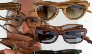 Designer verhilft Kurzsichtigen mit Holz zum Durchblick (Foto)