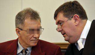 Detlef S. (l), der mutmaßliche Täter im Missbrauchsfall von Fluterschen (Kreis Altenkirchen) im West (Foto)