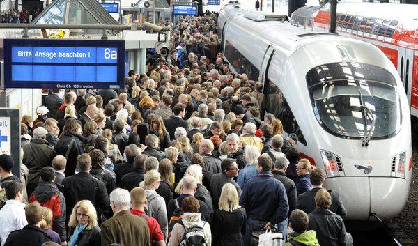 Deutsche Bahn steht in der Kritik (Foto)