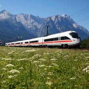 Die Deutsche Bahn lockt mit vielen Reise-Angeboten. Wer sich nicht informiert, zahlt häufig mehr als er müsste.
