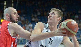 Deutsche Basketballer gewinnen Supercup (Foto)