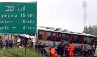 Deutsche Kinder bei Busunfall in Slowenien verletzt (Foto)