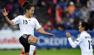DFB-Frauen weiter auf EM-Kurs - 6:0 in der Schweiz (Foto)