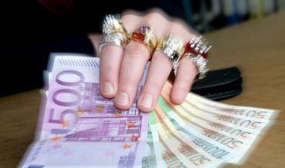 DGB-Chef fordert höhere Steuern für Gutverdiener (Foto)
