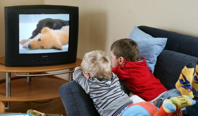 Dicker und unsportlicher: TV-Konsum schadet Kindern langfristig (Foto)