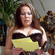 Die 32-jährige Claudia arbeitet als Domina und Fetisch-Model.