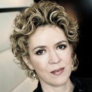 Die Anti-Mafia-Autorin Petra Reski: Mafia bedroht die Demokratie.
