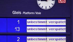 Die Bahn verschickt künftig Verspätungs-Mails. (Foto)