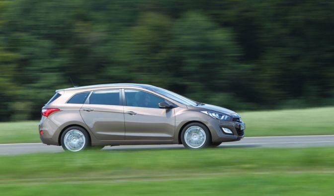 Die besten Bilder zu Hyundai i30 cw 1.4: Durch die Hintertür (Foto)