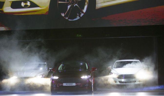 Die besten Bilder zu Premiere neuer Ford Mondeo: Mit neuen Waffen (Foto)