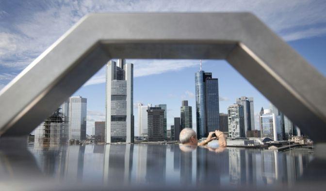 Die Deutsche Bank ist im Visier des Ratingriesen Fitch. (Foto)