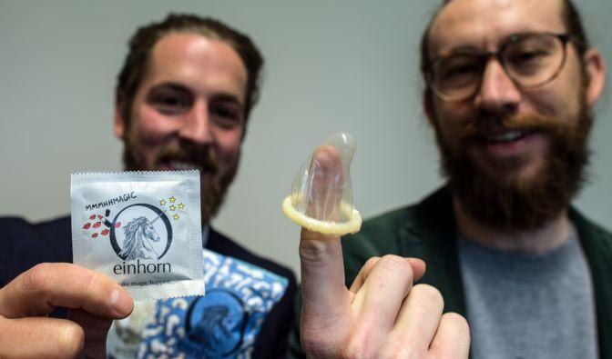 streit um einhorn kondome orgasmus slogan auf kondom verpackungen bleibt verboten. Black Bedroom Furniture Sets. Home Design Ideas