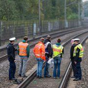 Horror-Unfall! Drei Menschen von Güterzug überrollt (Foto)